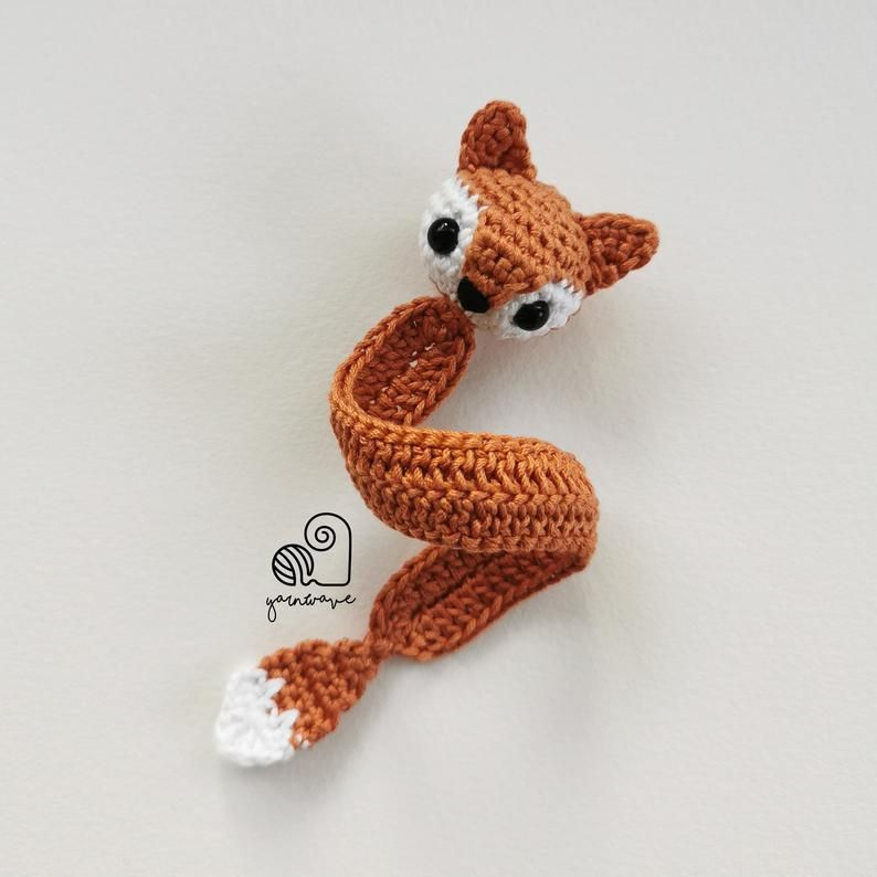 8 Adorable Crochet Animal Bookmark Patterns For A Creative Mind | 794x794