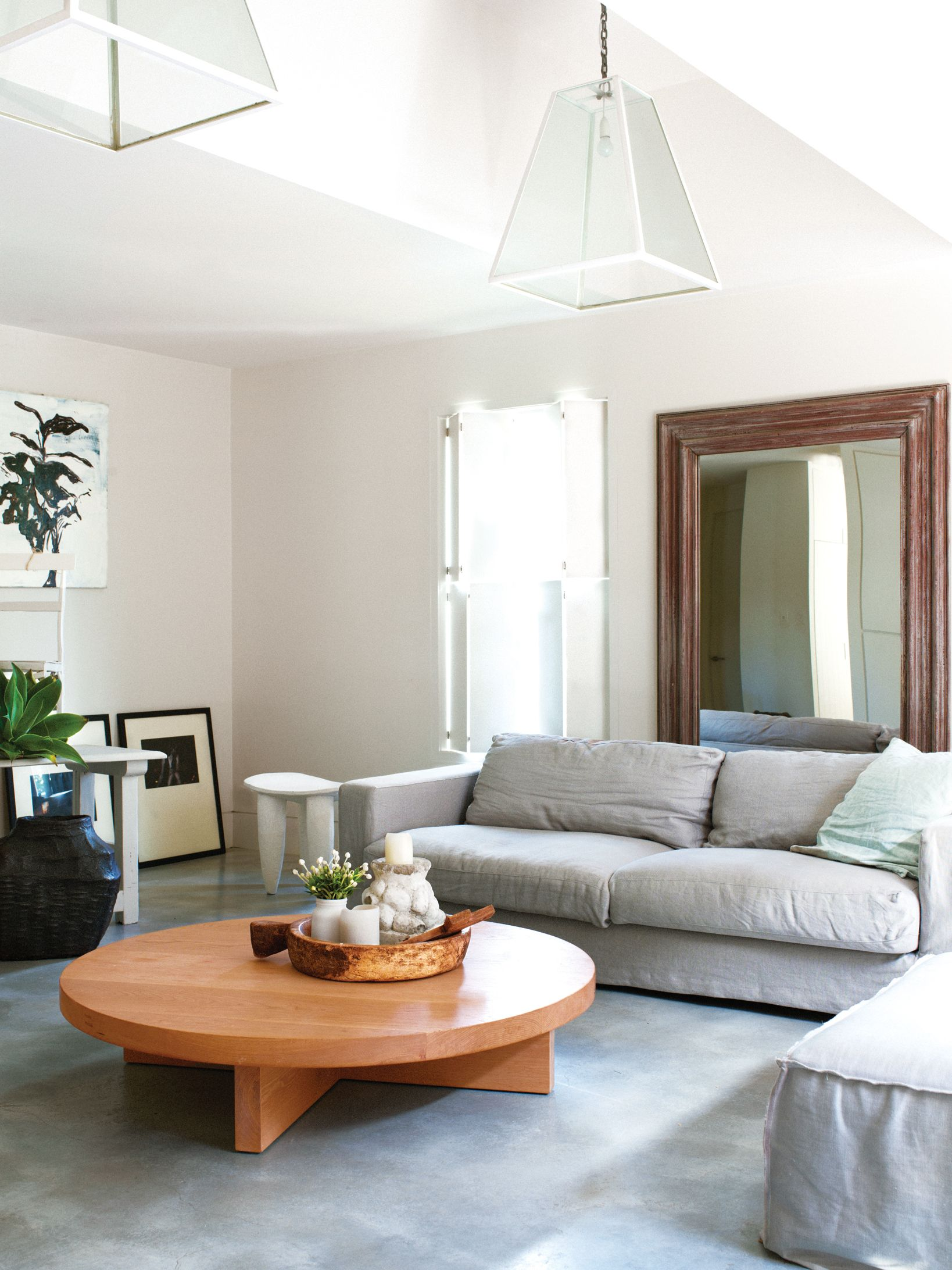 Four tips to make a small room look bigger | Grey couches, Small ...