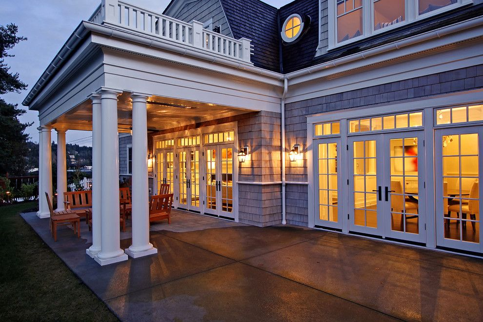 Circle windows are not my style Home Pinterest Traditional
