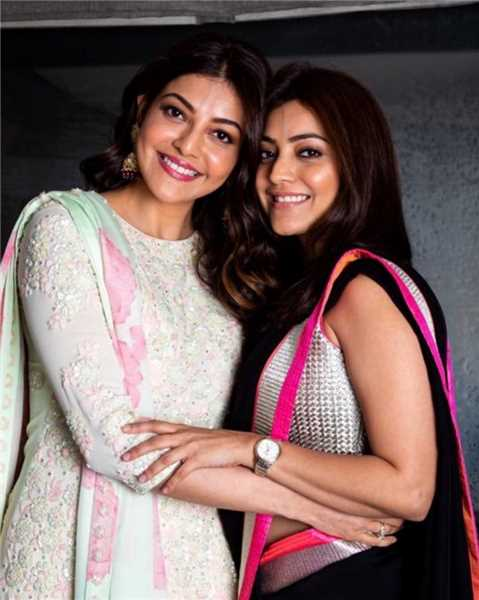 Kajal Aggarwal With Her Sister Indian Movies Top Gallery Beautiful Bollywood Actress Bollywood Actress Fashion