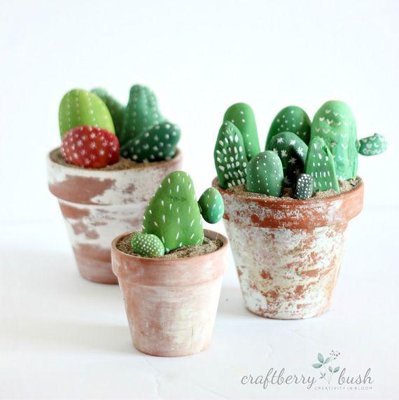 Cactus de piedras pintadas en manualidades para beb s for Ideas para pintar piedras