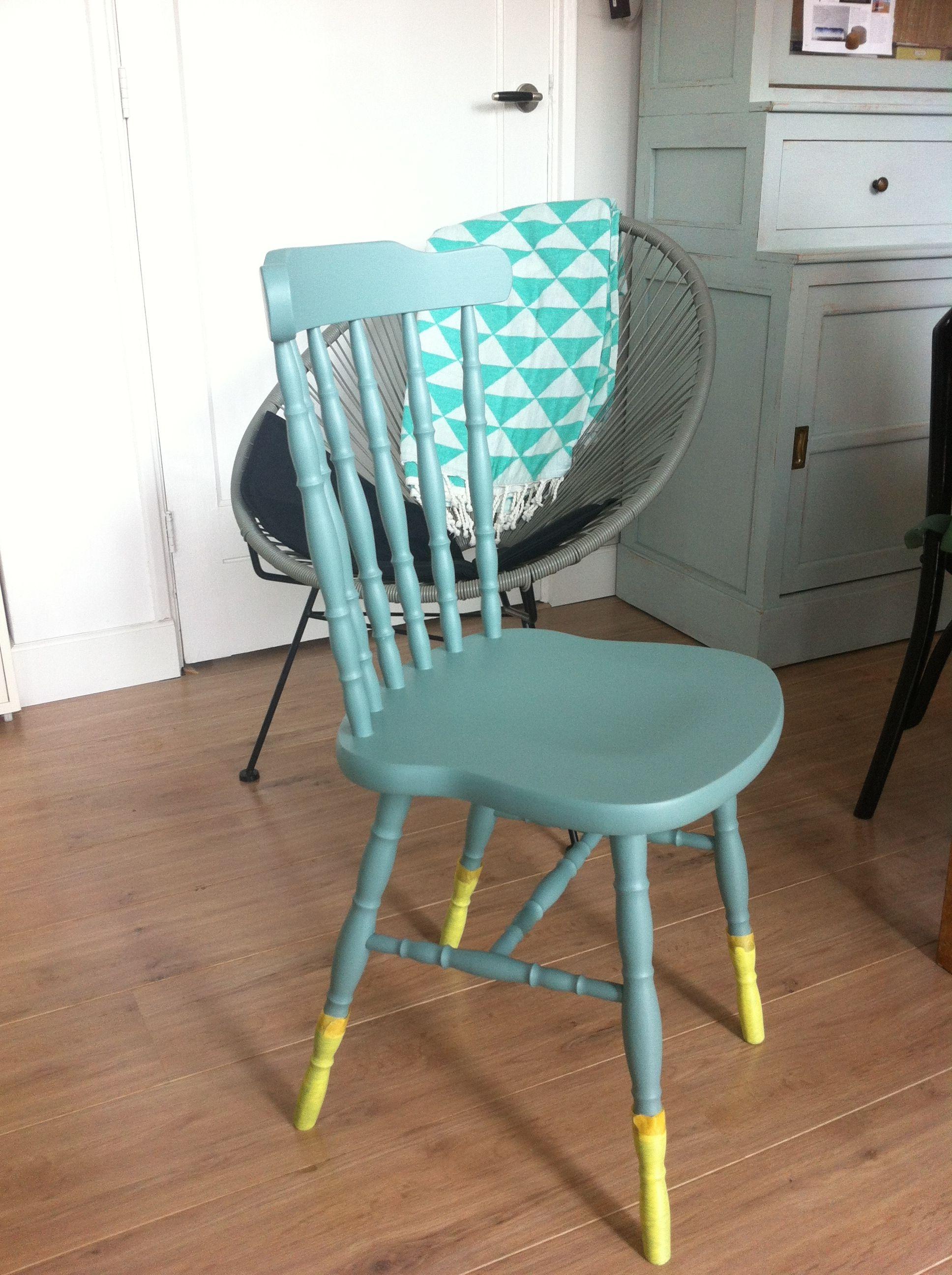 DIY oud stoeltje verven | Houten stoelen, Stoelen, Stoel verven