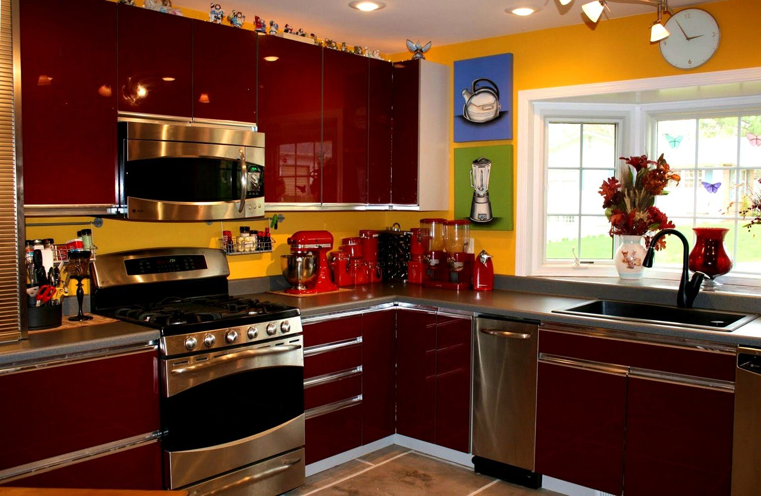 Accessories Picturesque Images About Red Black And White Kitchen Grey Walls Yellow Decorating Wallpape Black Kitchen Decor Kitchen Decor Sets Red Kitchen Walls