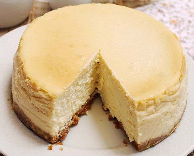 Kue Lembut Dengan Cita Rasa Keju Atau Resep Cheese Cake Ternyata Cukup Sederhana Lho Cara Membuatnya Gunakan Cream Che Resep Kue Keju Makanan Hidangan Penutup