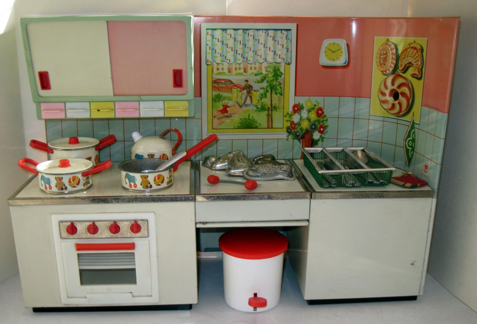 1950s German Kitchen Playset Jouet Jouets Anciens Poupee En