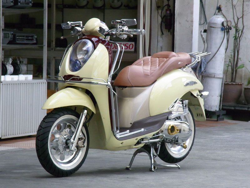 Scoopy I Classic Style Honda Toot Scooters Motorcycles Motorbikes