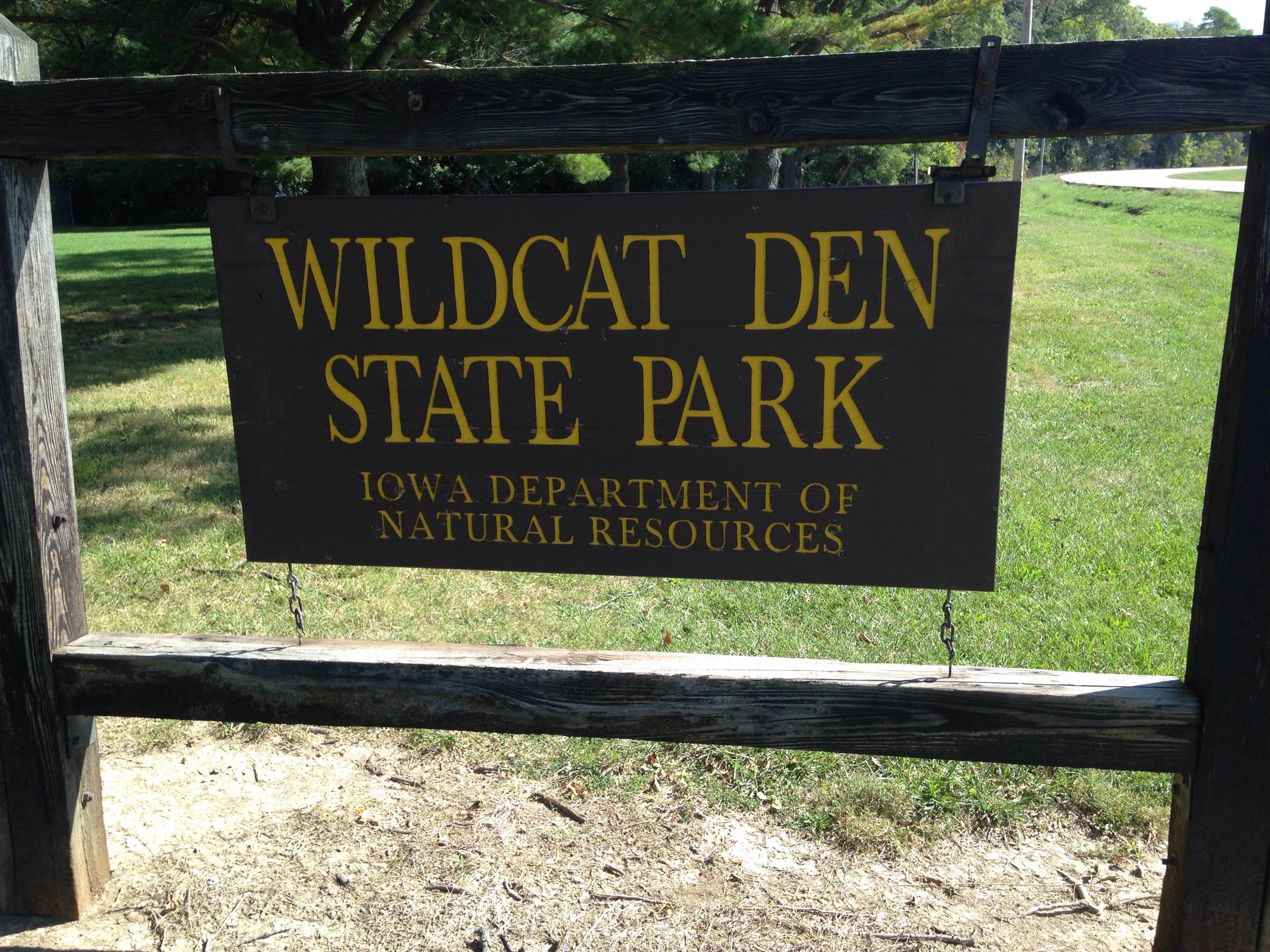 Iowa State ParksHistoric Hiking at Wildcat Den