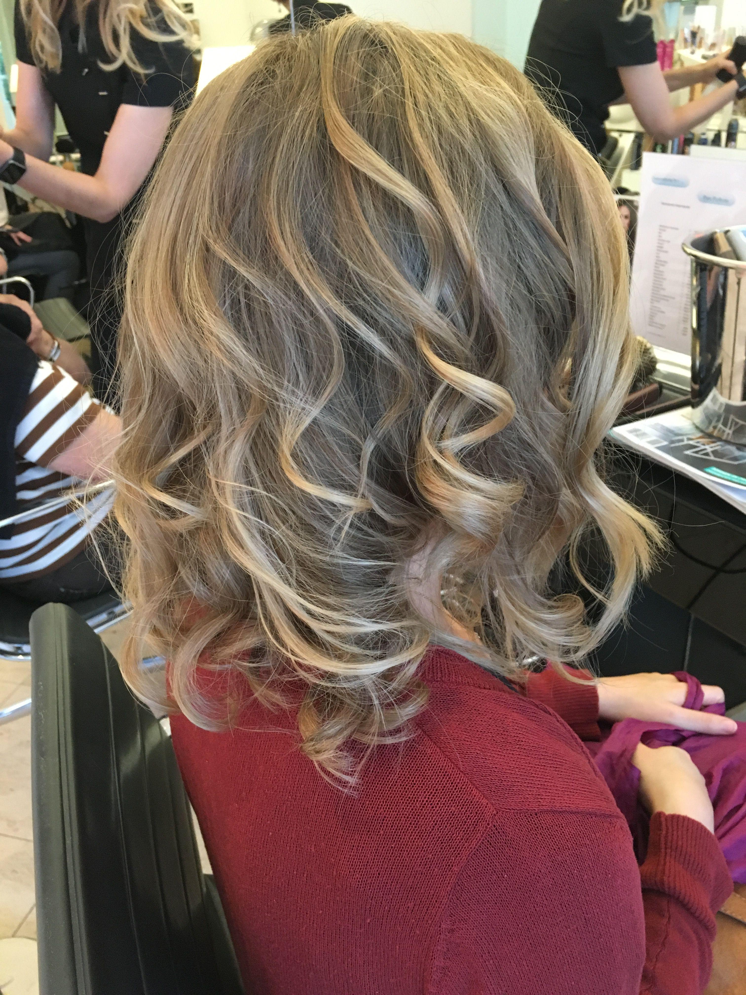 krullen, blond haar, highlights, waves | Kapsels Salon ...