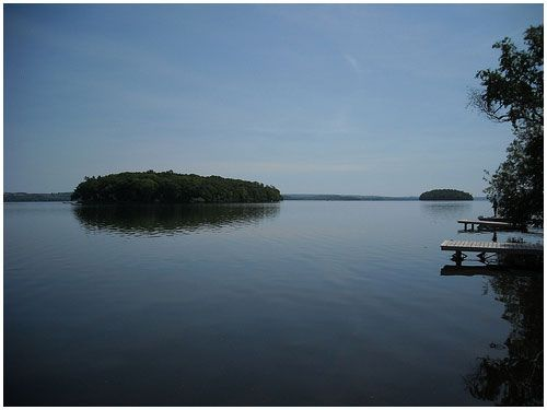 Elmhirst Resort is located on Rice Lake at 1045 Settlers Line in Keene, Ontario. They are a