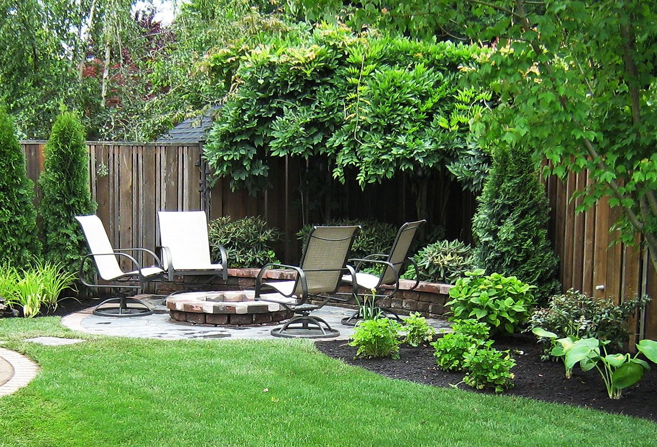 50 Backyard Landscaping Ideas That Will Make You Feel At Home Small Yard Landscaping Small Backyard Gardens Small Backyard Garden Design
