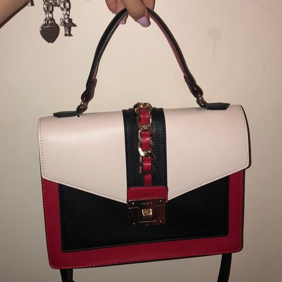 34393eb0fb Aldo Glendaa Gucci replica bag Wore this a handful of times. Looks brand  new. Extremely good replica to the Gucci Sylvie Aldo Bags Shoulder Bags