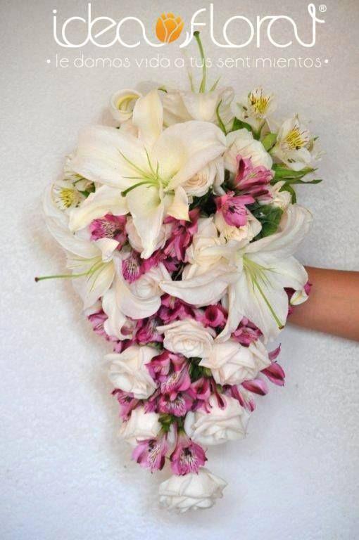 ramo cascada de rosas, lilis y astromelias
