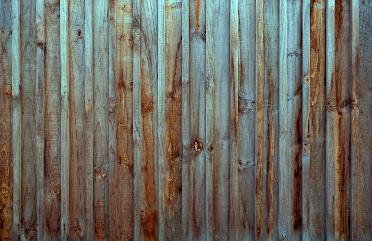 http://magicsticker.co.nz/wp-content/uploads/2015/08/old-fence-2.jpg