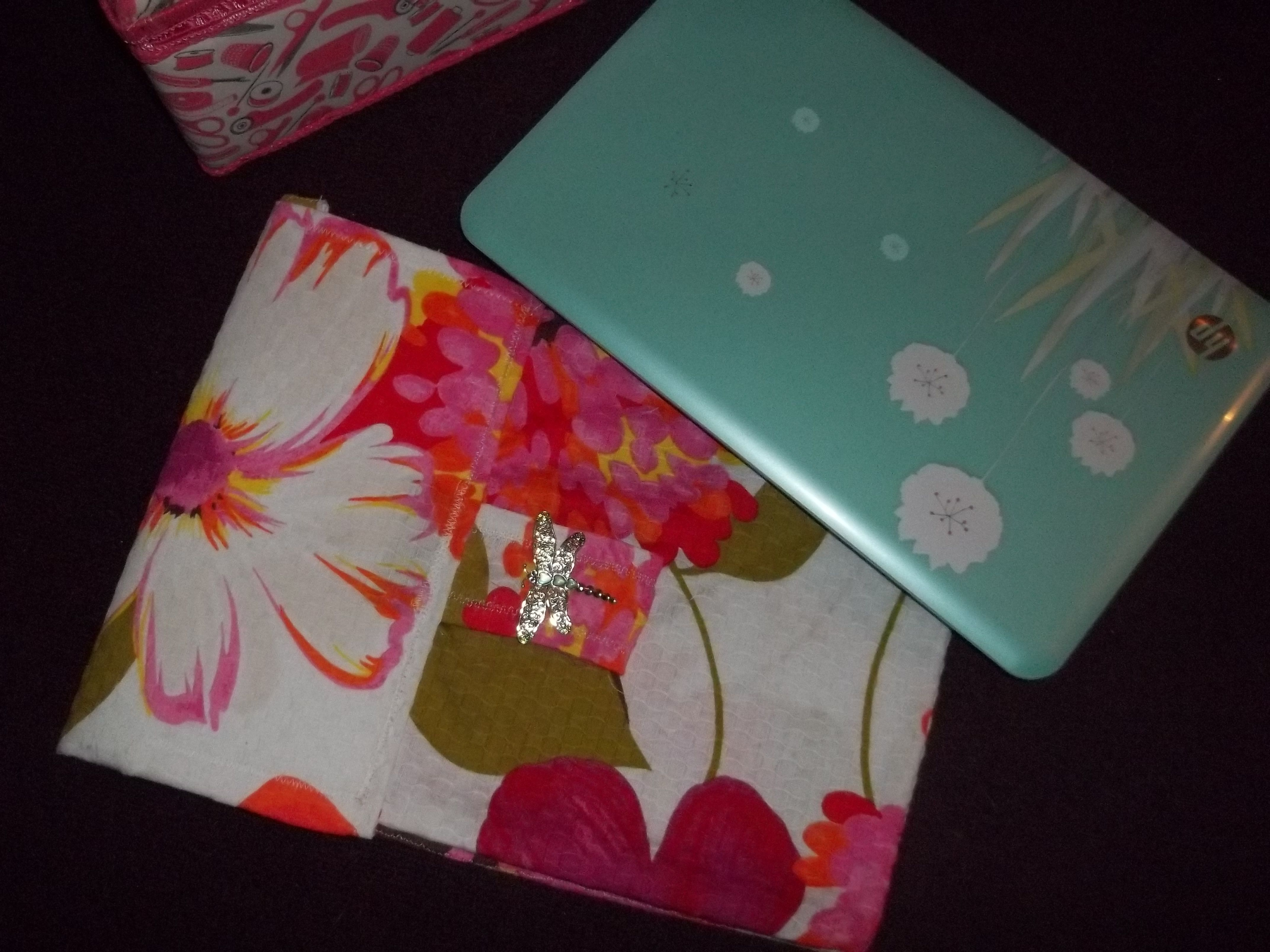 I made this cute lap top bag for my computer. I'm just learning to sew, I am proud