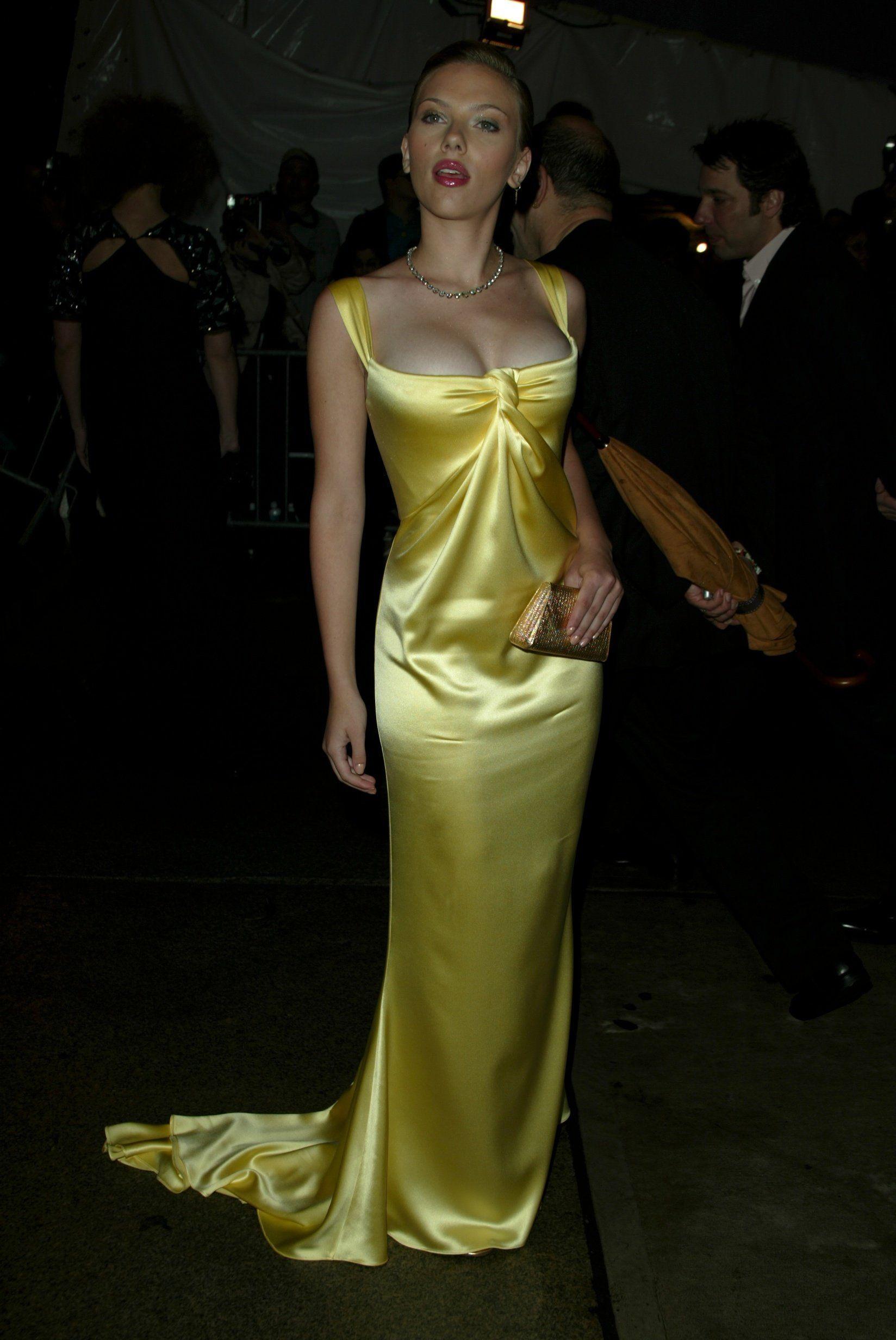 Yellow Dress Scarlett Johansson - Dresses