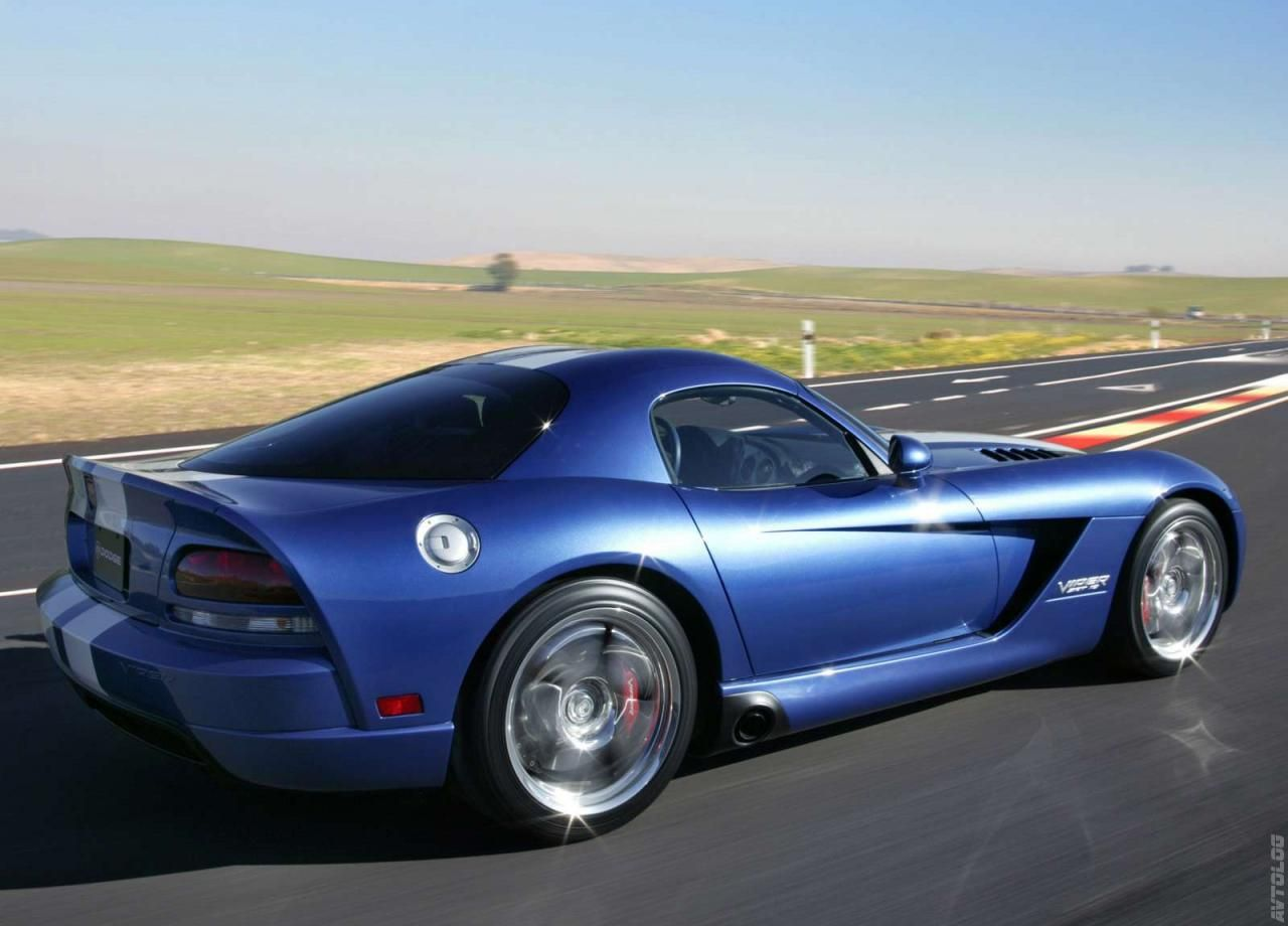 2005 Dodge Viper SRT10 Coupe - I don\'t really like the modern ...
