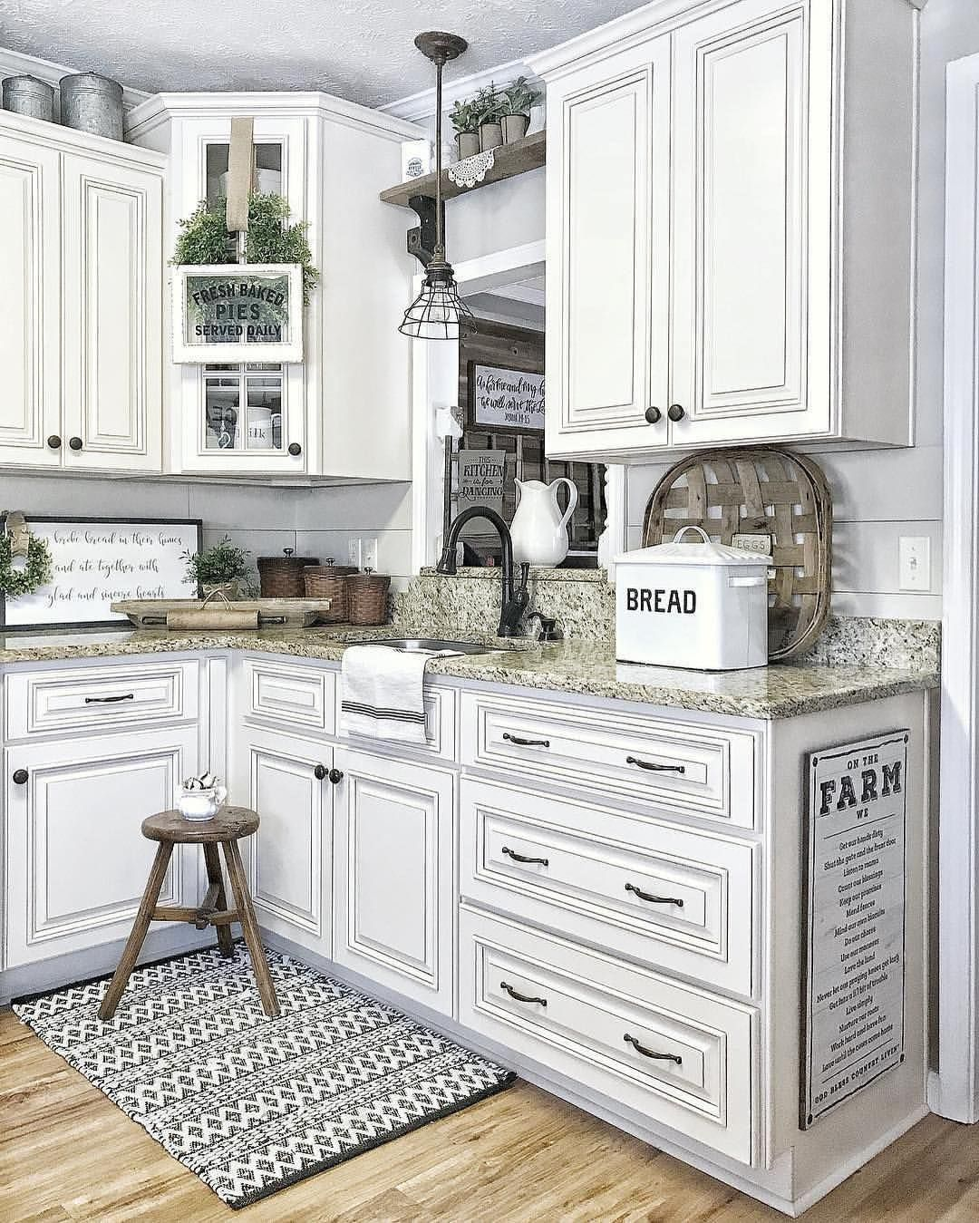 468 Likes 11 Comments Shawnie My Favorite Place On Instagram Hey Y All Antique White Kitchen Antique White Kitchen Cabinets Farmhouse Style Kitchen