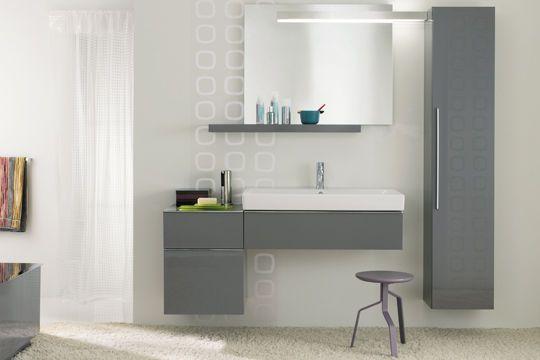 Meuble de salle de bains  20 salles de bains design au goût du jour - salle de bain meuble noir