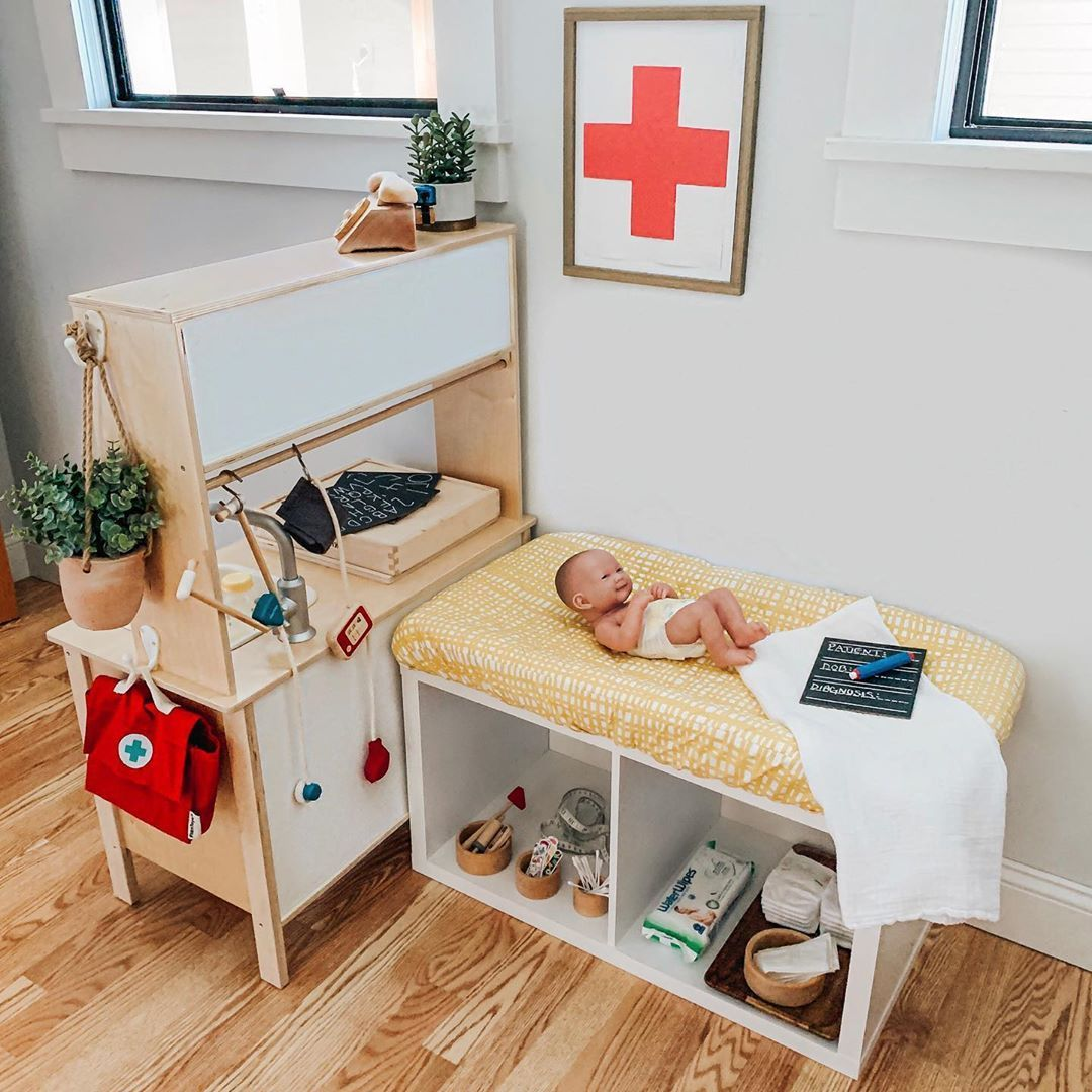 """Jess's Instagram post: """"During the playroom rotation I decided to set up a doctors office for the kids because they love playing doctor and giving their stuffed…"""""""