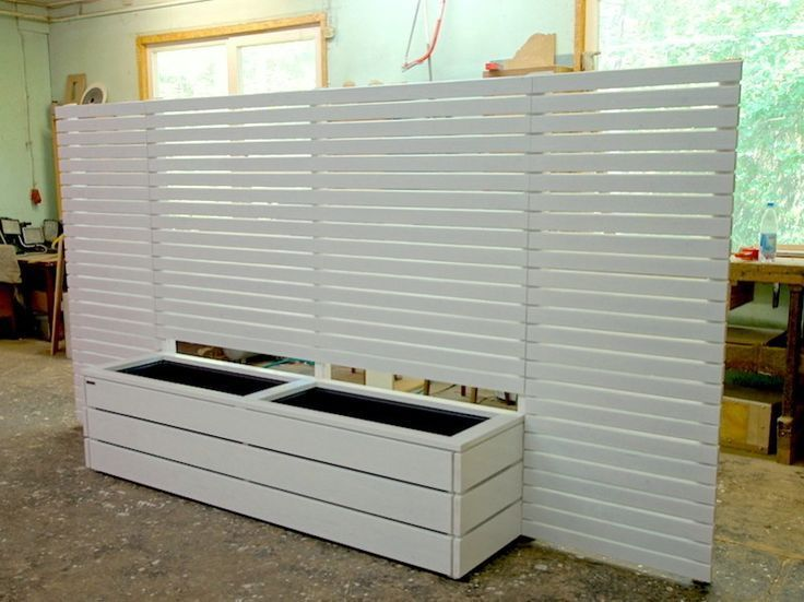Screen Protector Garden 2019 - Planter Wood Long L with Privacy Screen, Oiled White, Domestic Douglas