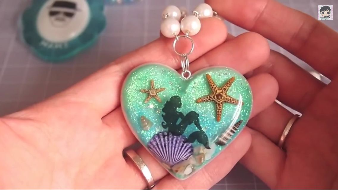 Mermaid and the deep blue    | Resin jewelry 1 | Resin art