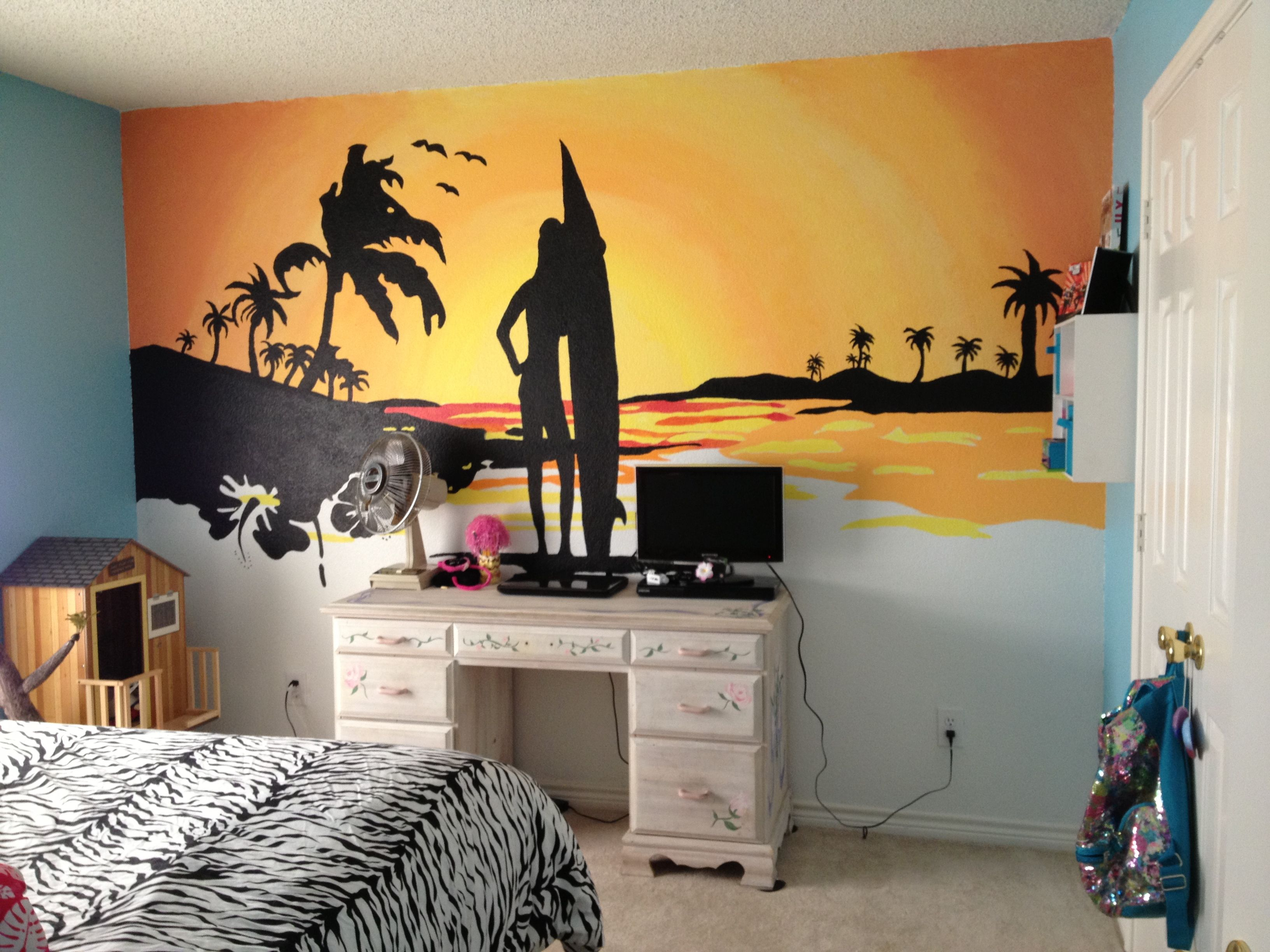 Beach sunset mural my husband and i painted for my 10 year - How to paint murals on bedroom walls ...