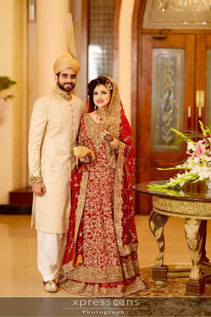 Pin By Tamsila P On Must Have Asian Bridal Dresses Pakistani Bridal Dresses Asian Wedd In 2020 Asian Bridal Dresses Pakistani Bridal Dresses Pakistani Bridal Wear