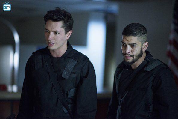 "#Arrow #Season5 #5x07 ""Vigilante"" Promotional Photos"