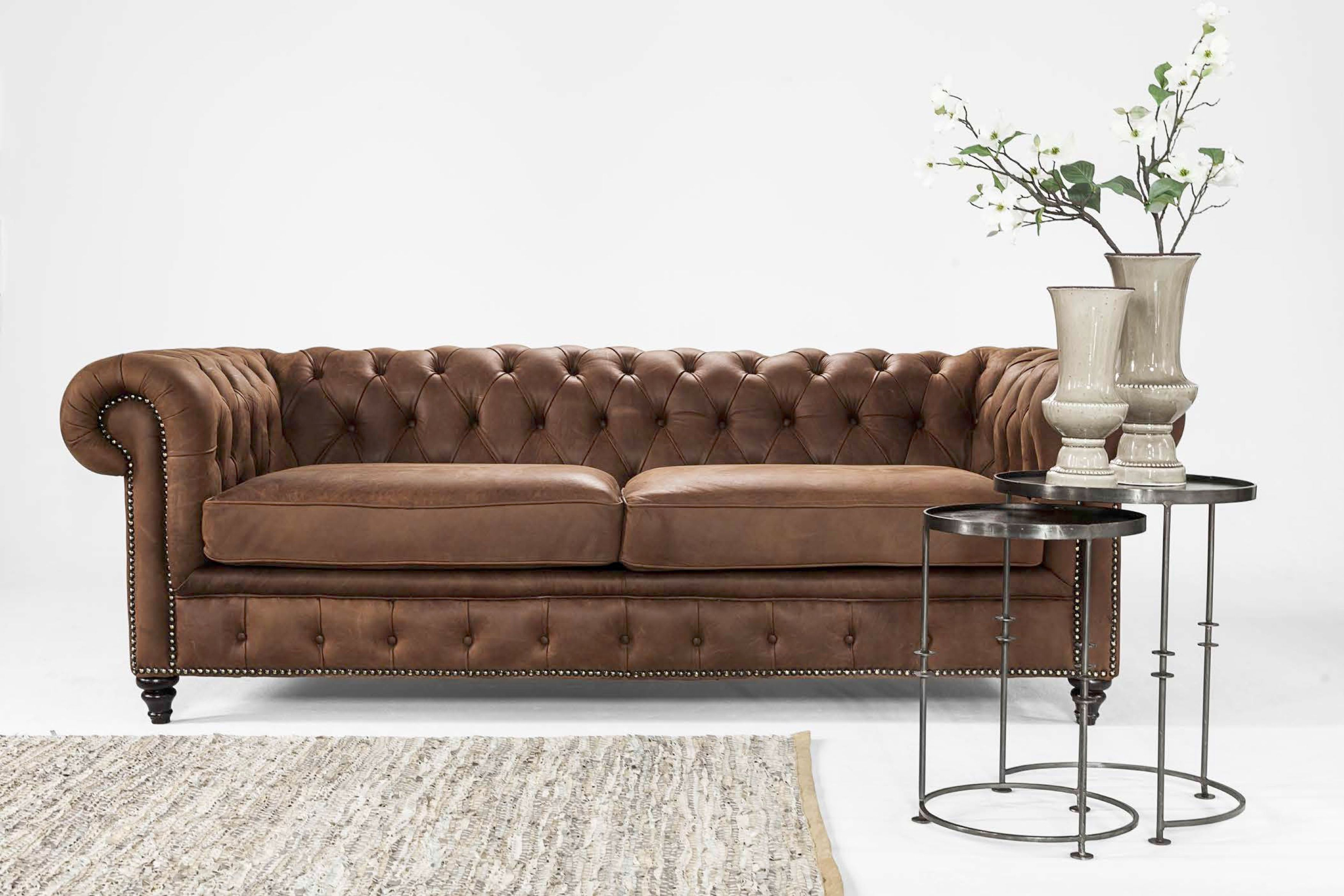 Chester Couch Modern Take On The Classic Chestefield Couch