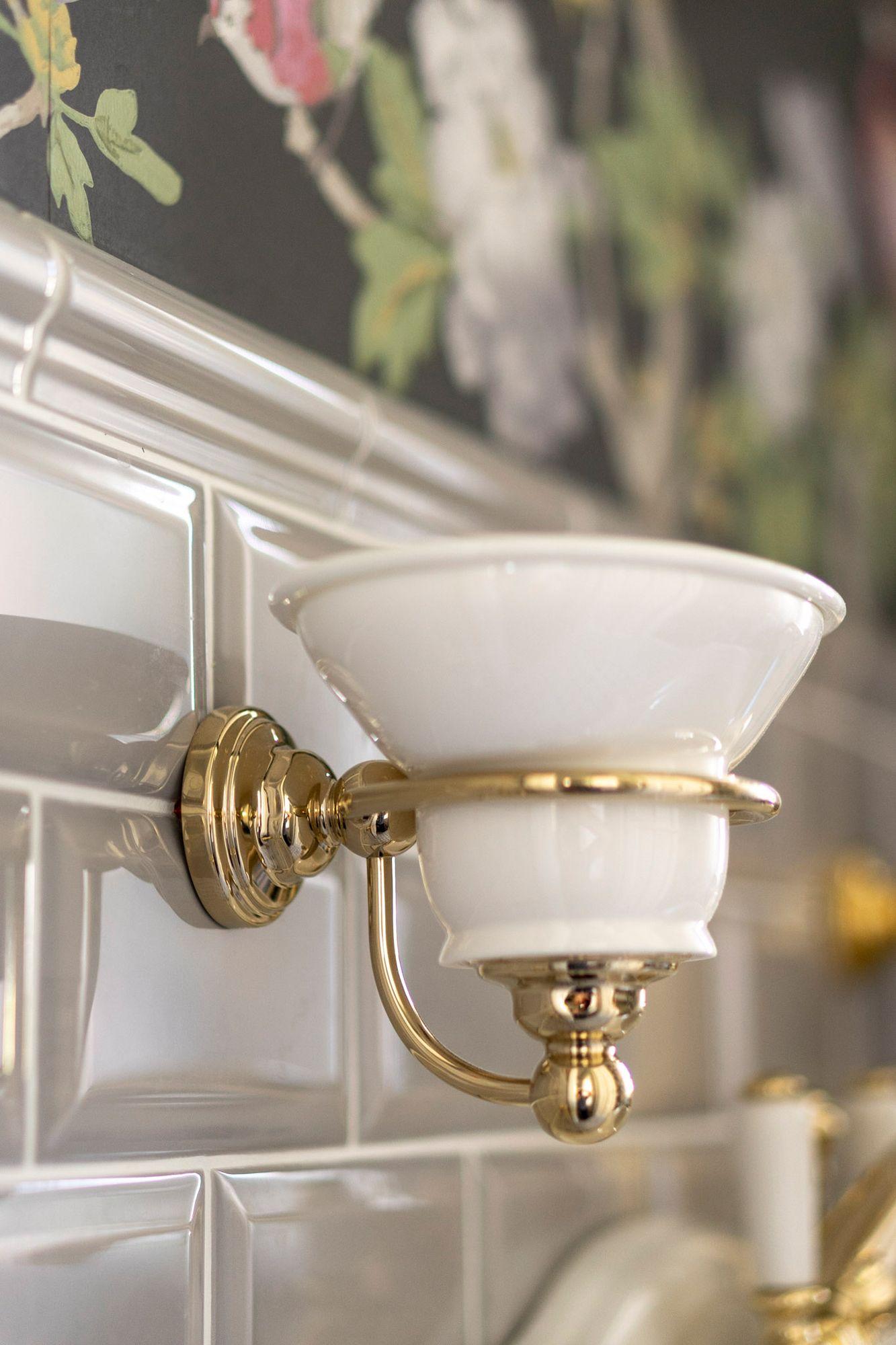 Vintage Seifenschale Porzellan In 2020 Seifenschale Traditionelle Bader Gusseisen Badewanne