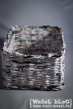 zeitungsst nder korb aus papier upcycling handarbeit pinterest papier basteln und korb. Black Bedroom Furniture Sets. Home Design Ideas