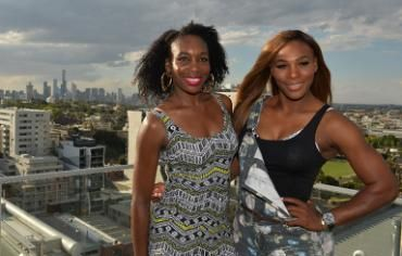 Serena Williams (R) and sister Venus (L) have dominated world womens' tennis for years