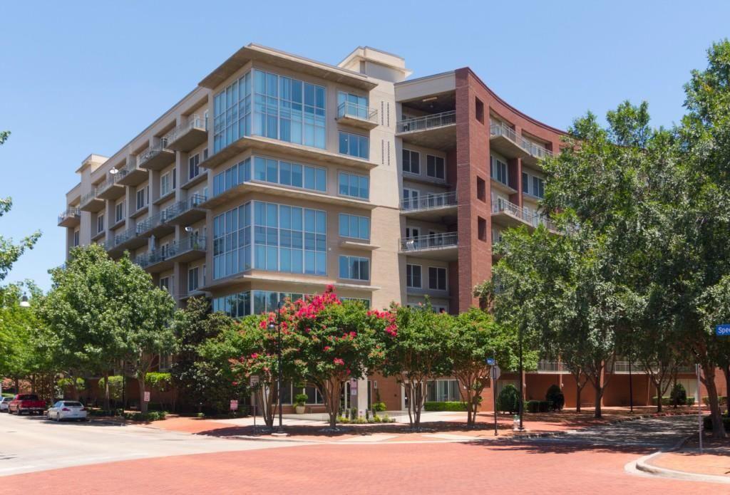 Real Estate For Sale 5055 Addison Circle Addison Tx 75001 Dallas Real Estate Property Property Search