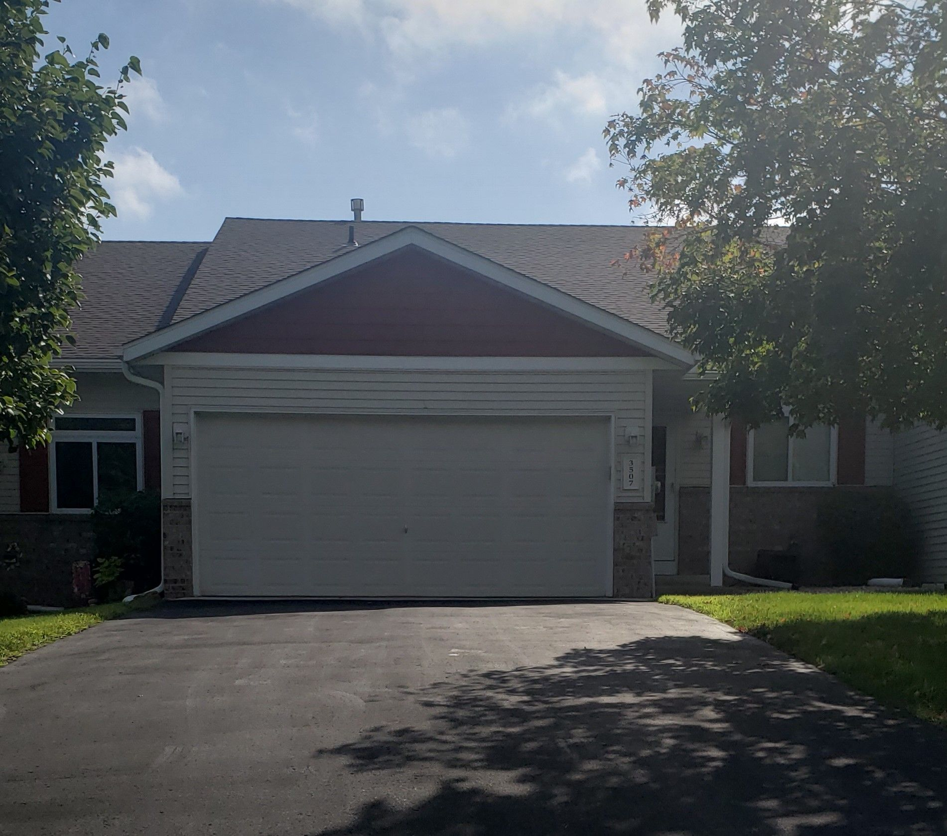 3 Bedroom 2 Bath Townhouse FOR RENT in Hastings, MN