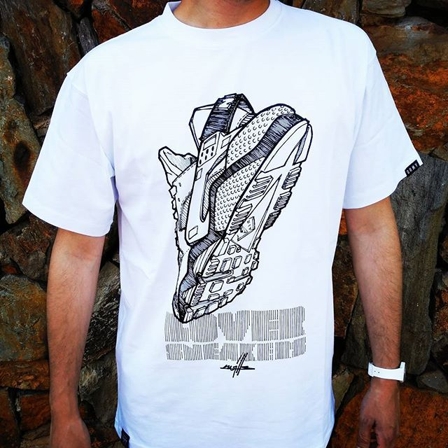 T-Shirt Loversneakers x @kwillsofficial x @grimey_wear  Últimas Tallas Disponibles!! Super Price: 25€  www.loversneakers.com  #loversneakers #sneakerheads #sneakers #kicks #zapatillas #kicksonfire #kickstagram #sneakerfreaker #nicekicks #barcelona #snkrfrkr #sneakercollector #shoeporn #igsneskercommunity #sneakernews #solecollector #wdywt #womft #sneakeraddict #kotd #smyfh #hypebeast #huarache #huaraches #nikehuarache