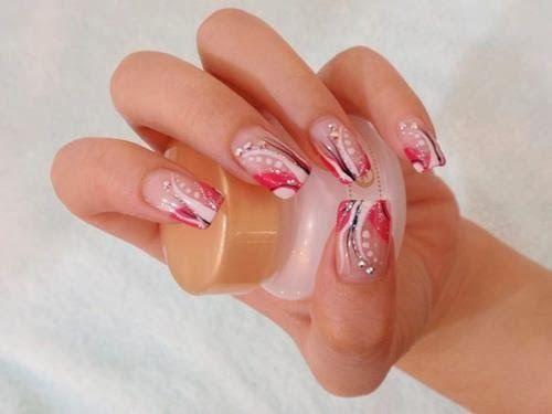 Mini Tutos Kimmy: Bellas Uñas