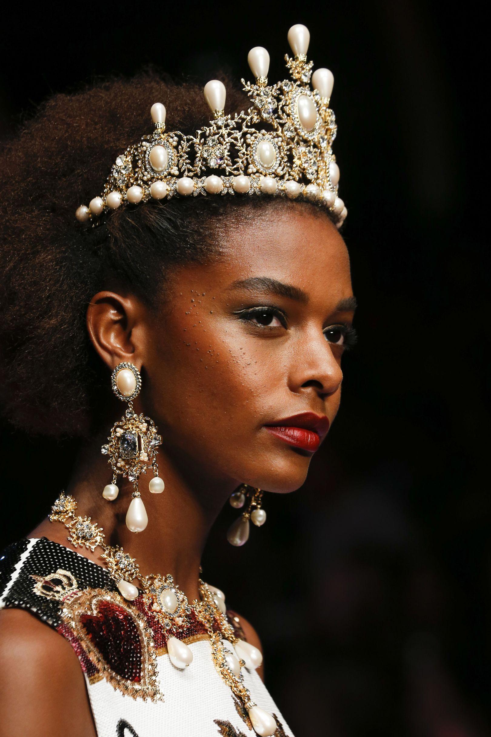 Dolce Gabbana Yaz İtalya 2019 Makyaj Koleksiyonu