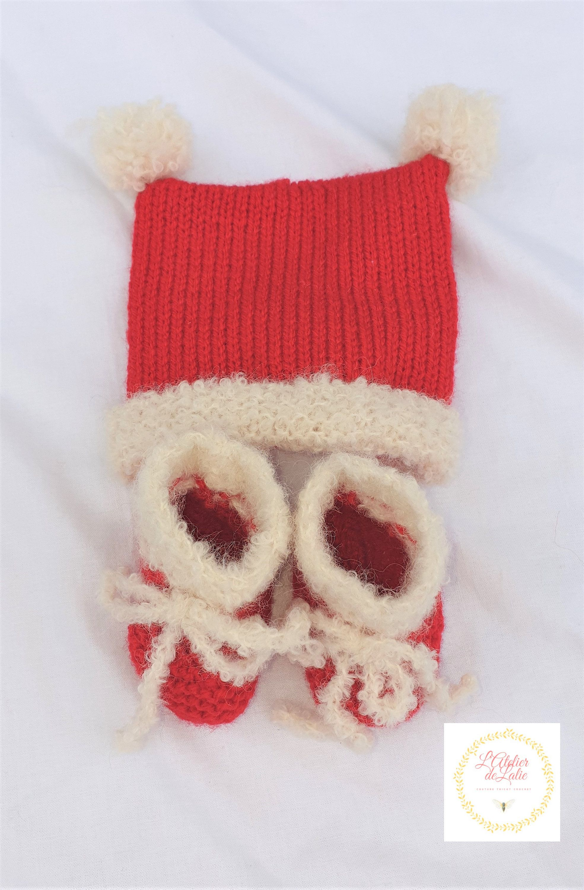 Christmas hat and slippers, birth size, handmade