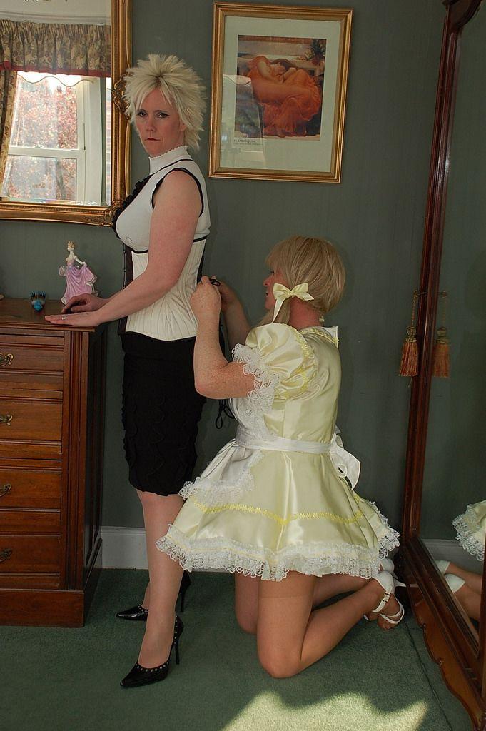 i am a sissy maid