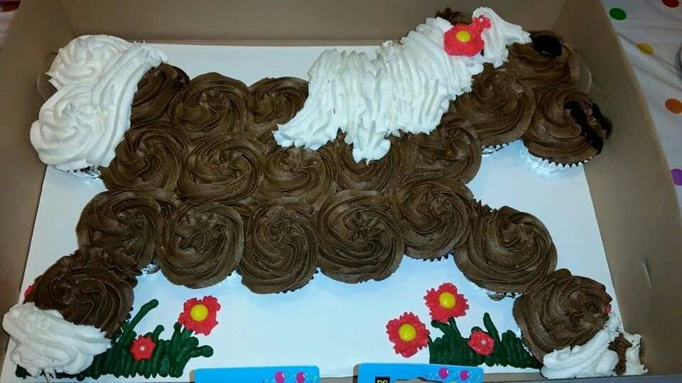 Horse cupcakes cakes Pinterest Horse and Cake