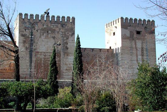 Alcazaba. Torre Quebrada y Torre del Homenaje