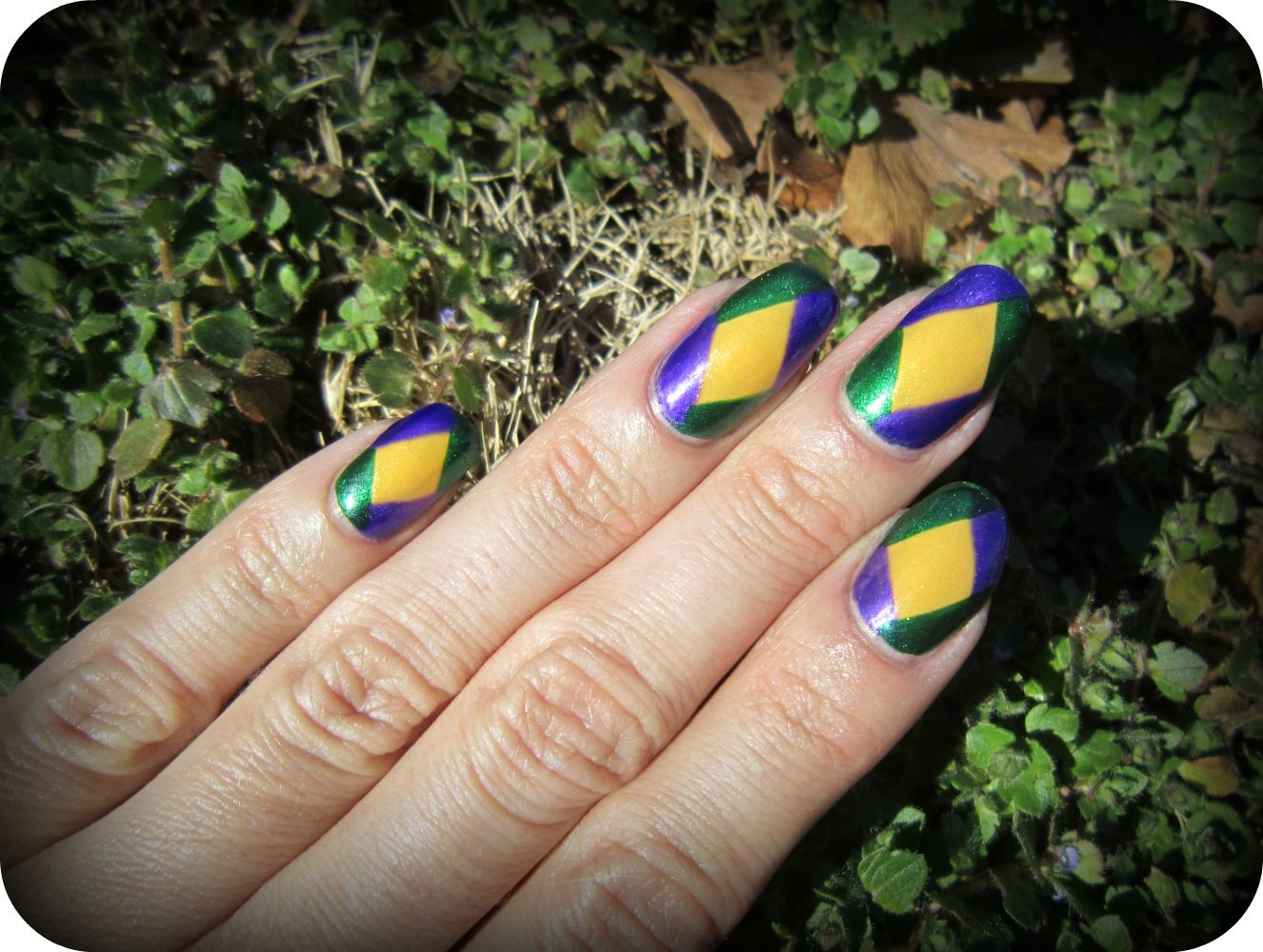 Concrete and Nail Polish: Mardi Gras Nails | Nails | Pinterest