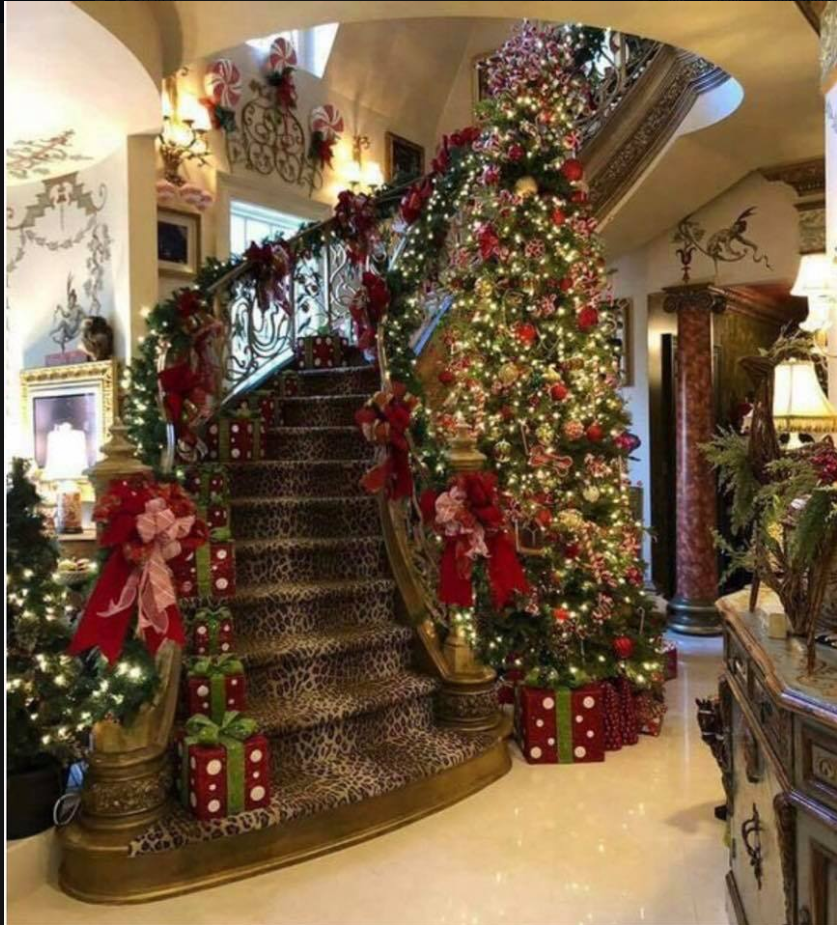 Pin By Jen Hartnett On Christmas Staircases In 2020