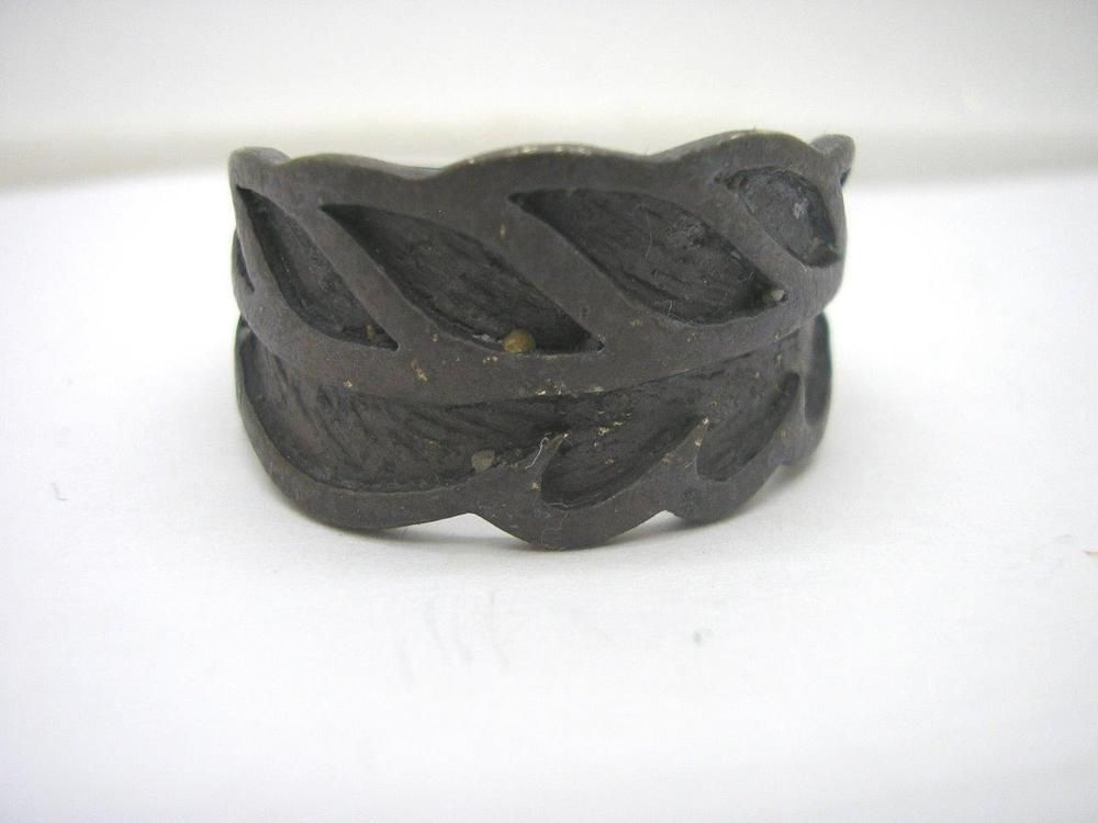Metal Detector Find Roman ? Ring made of Lead ?  size Z+4