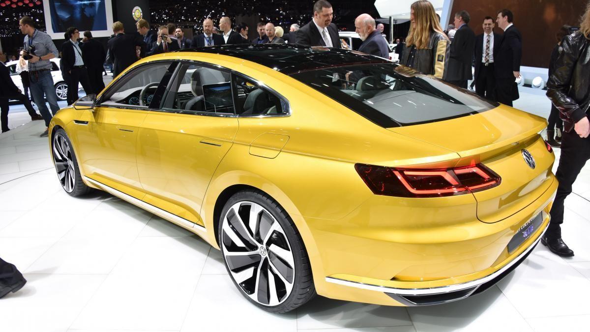 Volkswagen Sport Coupe Concept GTE debuts at Geneva auto show