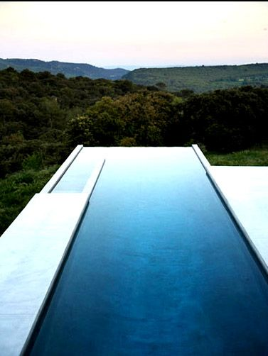 usually don't like infinity pools, but this one works for me.