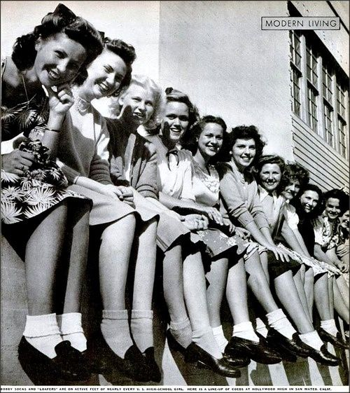 Bobby socks and loafers, 1944. Photo caption reads: Bobby Socks and Loafers are on the active feet of nearly every U.S. High School girl. Here is a line up of co-eds at Hollywood High in San Mateo, California. #1940s #teens #fashion #vintage wwii-history