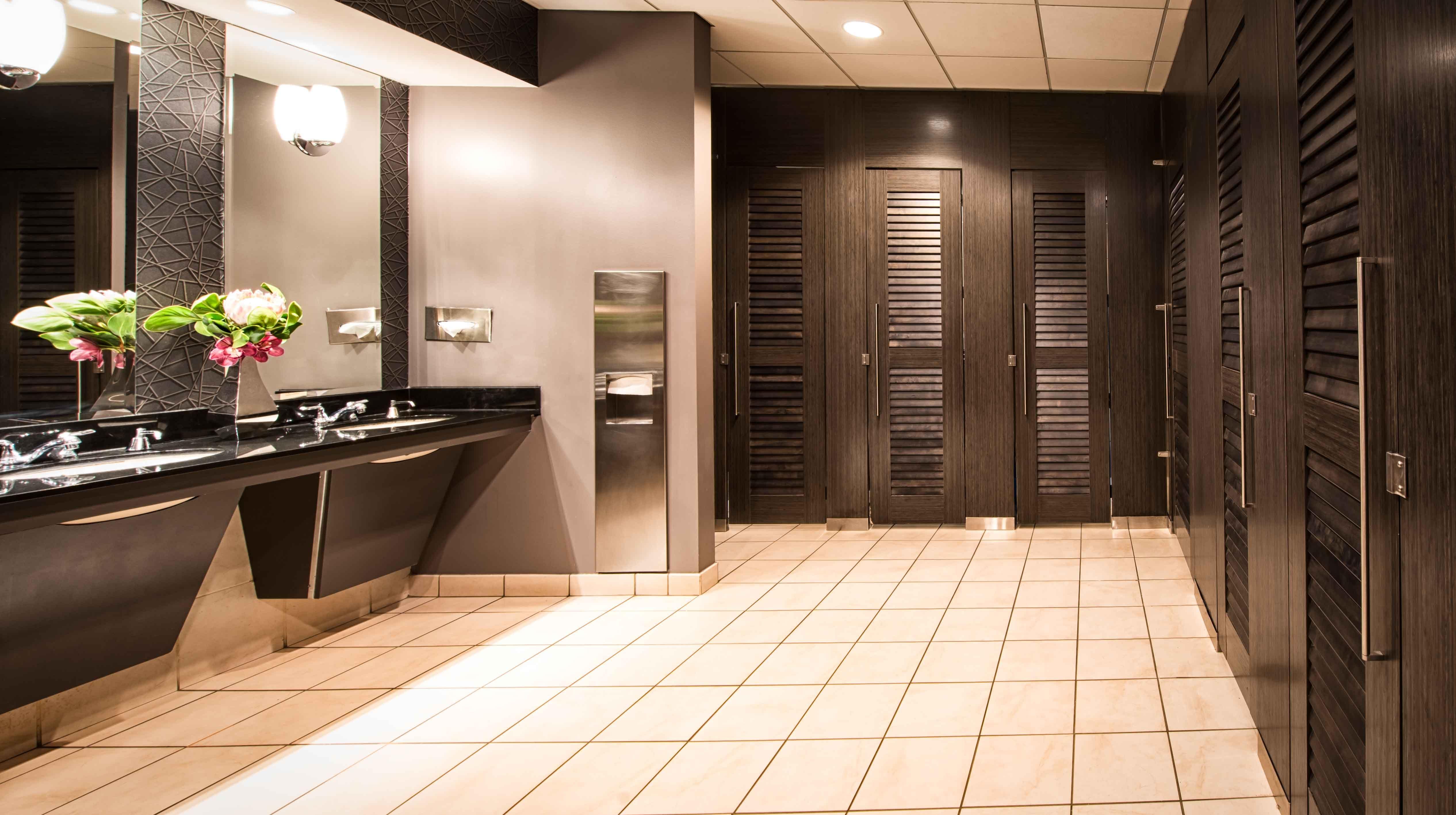 Gender Neutral Bathroom Girl Bathrooms Kids Bathroom Themes Neutral Bathroom Decor