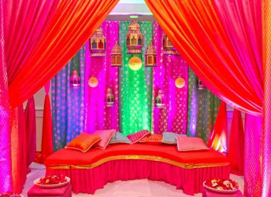 Mehndi Night Party : Amazing mehndi party ideas for the perfect night