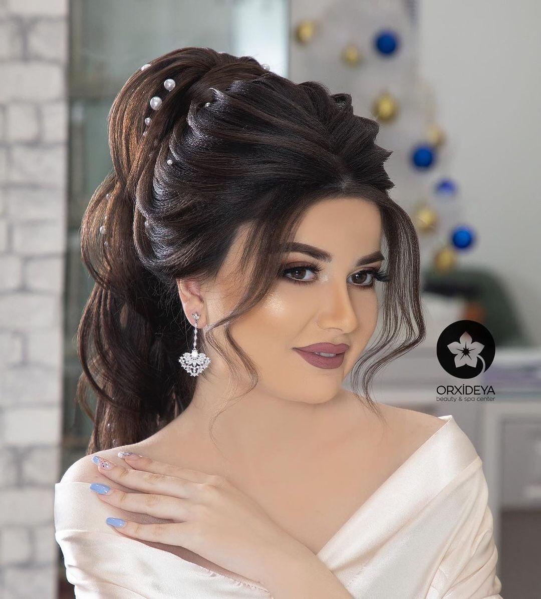 Gelin Sac Makiyaj Wedding Posted On Instagram Sac Duzumu Gunay Jabrailova Makiyaj Aynur Hesenli Diqqet In 2021 Hair Beauty Beauty Wedding Hairstyles